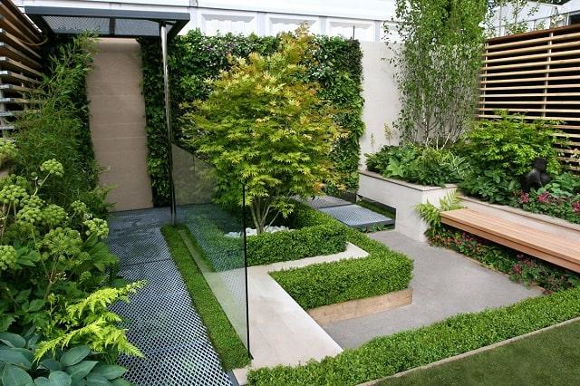 Thiết kế sân vườn nên ưu tiên đơn giản với điểm nhấn đẹp