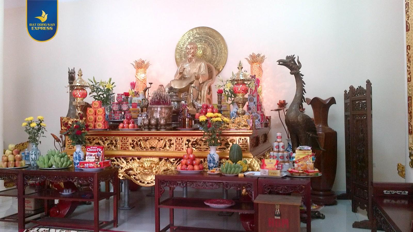 Trang trí bàn thờ đẹp