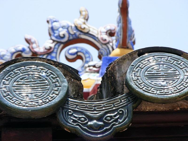Lịch sử ra đời của loại ngói âm dương này bắt nguồn từ Trung Quốc