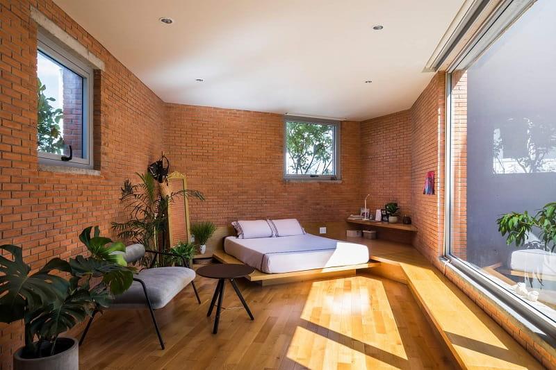 Thiết kế cửa sổ cho phòng ngủ trên sân thượng