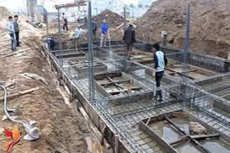 Quy trình làm móng đang trong đang trong quá trình thi công xây dựng