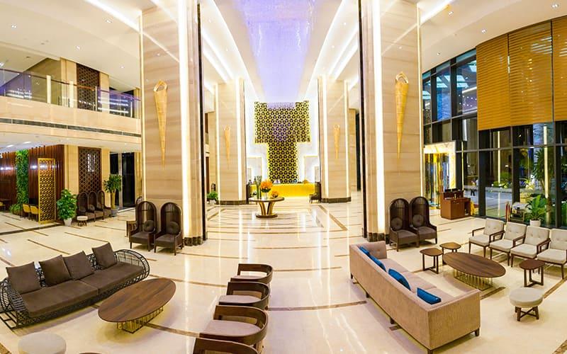 Sảnh khách sạn phong cách hiện đại