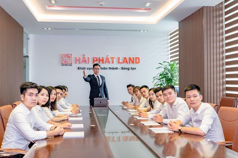 Sự chuyên nghiệp của đội ngũ nhân viên trẻ của công ty Hải Phát