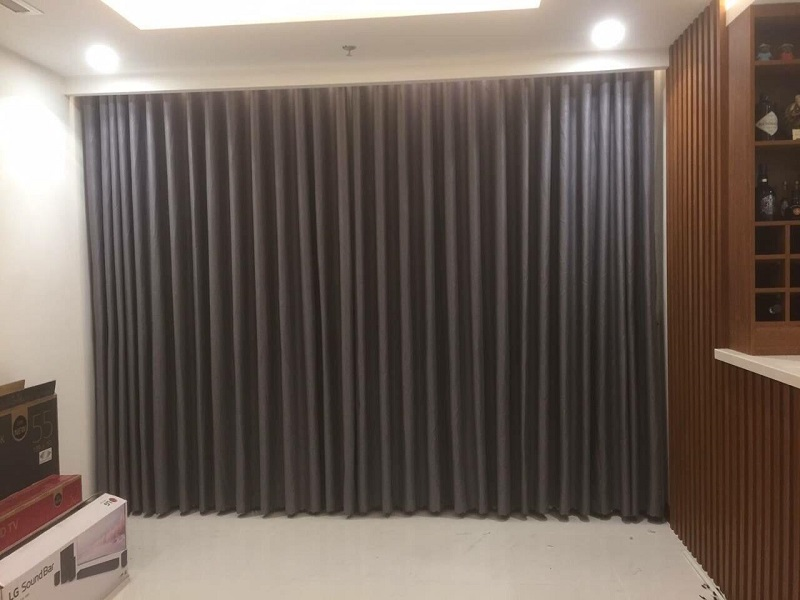 Sử dụng rèm cửa cát tường để chắn cũng là cách hóa giải gương bát quái hiệu quả