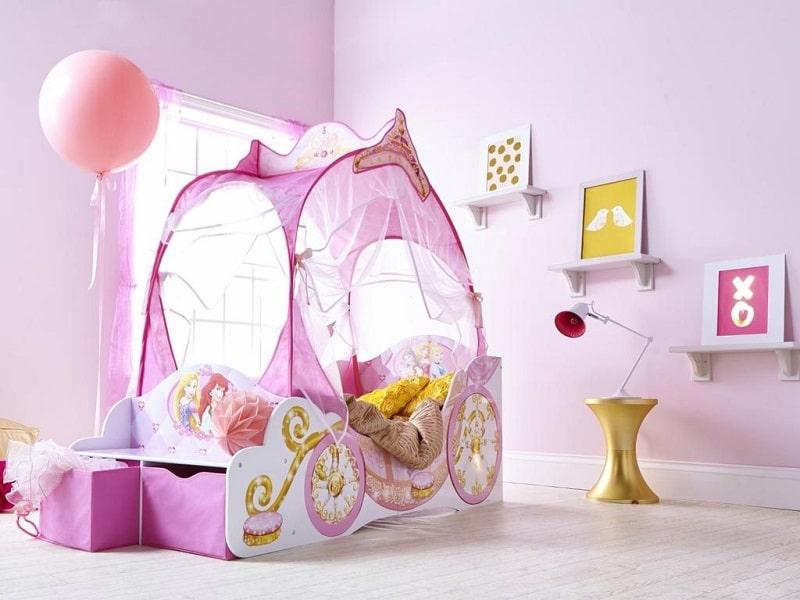 Thiết kế phòng ngủ như cỗ xe ngựa