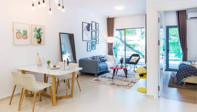 Phòng khách căn hộ Hausbelo tràn ngập ánh sáng thiên nhiên
